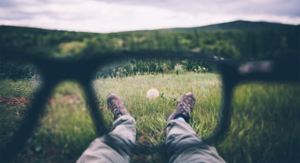 Seeing figures in peripheral vision